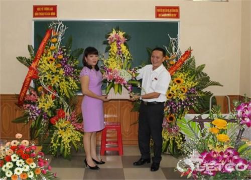 Trao Quyết định thành lập Chi nhánh Bắc Ninh