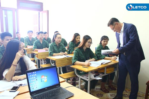 Trường Cao đẳng KOJI (Hàn Quốc) thăm Công ty