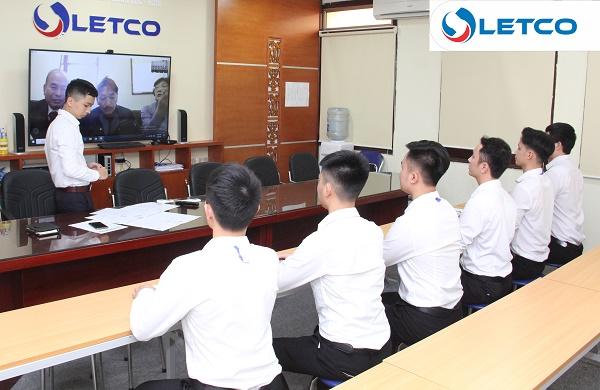 Thi tuyển Công ty Wakahara – Nghiệp đoàn Tekunikaru qua Skype
