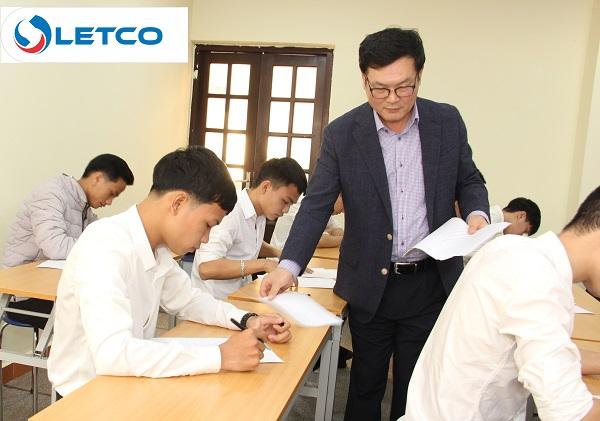 Trường Cao đẳng nghề AJOU Motor phỏng vấn du học sinh