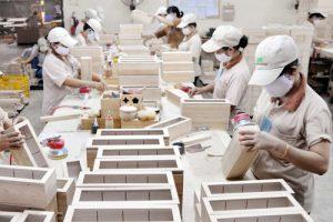 Tuyển nữ TTS sản xuất đồ gia dụng